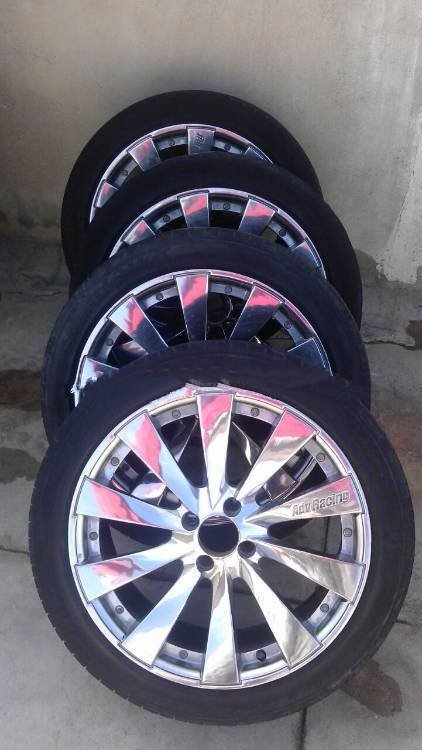 17 RIM AND TIRES FOR SALEE