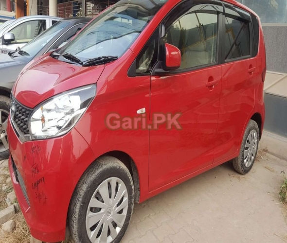 Nissan Cars in Pakistan 2019 Prices, Pictures, Reviews