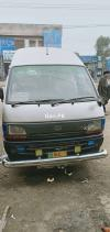 Toyota Hi roof  2006 For Sale in Gujranwala