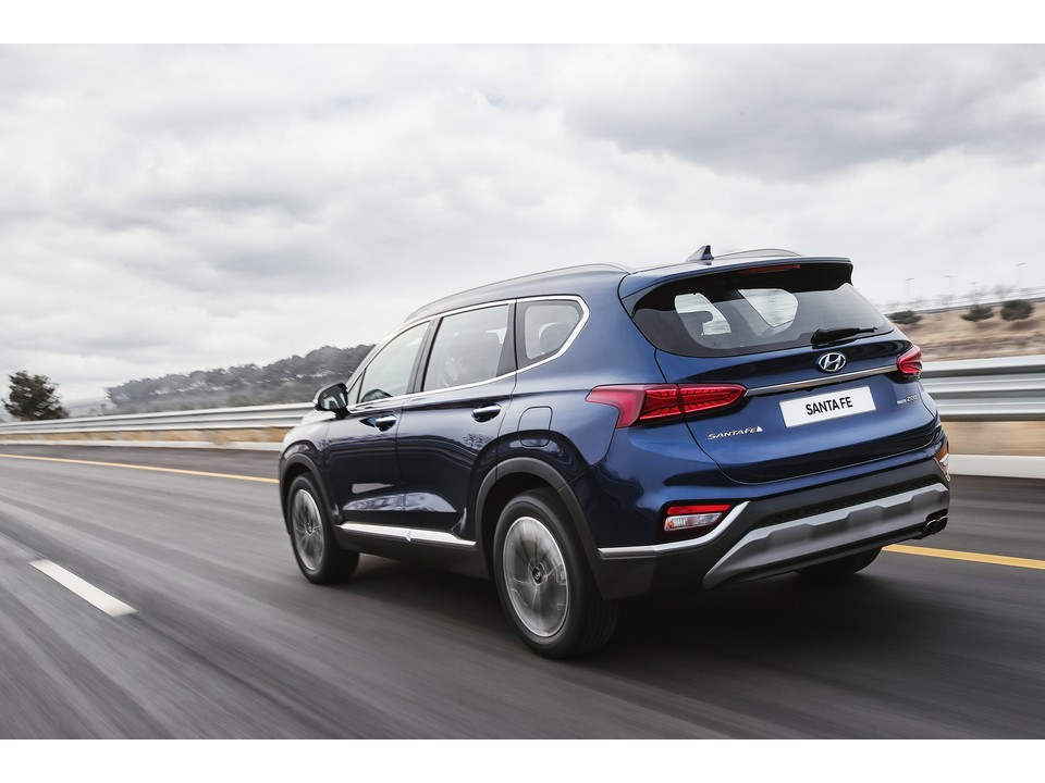 Hyundai Santa Fe 2020 price in Pakistan